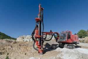 application-areas-surface-mining-blast-hole-drill-riggs